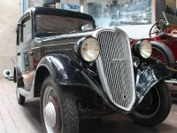 1935 Datsun Type 14, 1 of 2