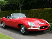 1961 Jaguar E-Type Series I Roadster Chassis 62, 2 of 3