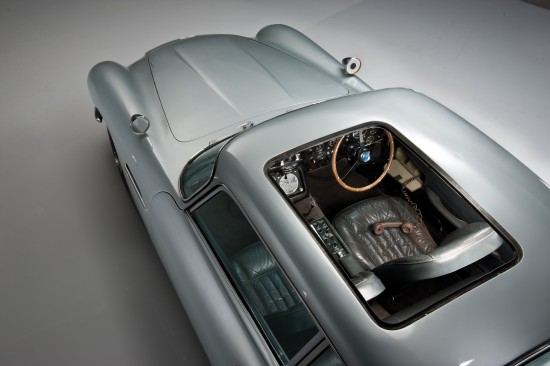 Aston Martin DB5 James Bond Edition