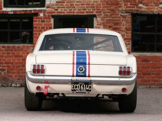 Ford Mustang 289 Racing Car