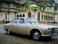 1968 Jaguar 420 by Carbon Motors, 3 of 39