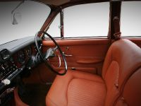 1968 Jaguar 420 by Carbon Motors, 20 of 39