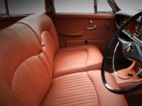 1968 Jaguar 420 by Carbon Motors, 24 of 39