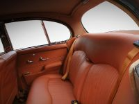 1968 Jaguar 420 by Carbon Motors, 26 of 39