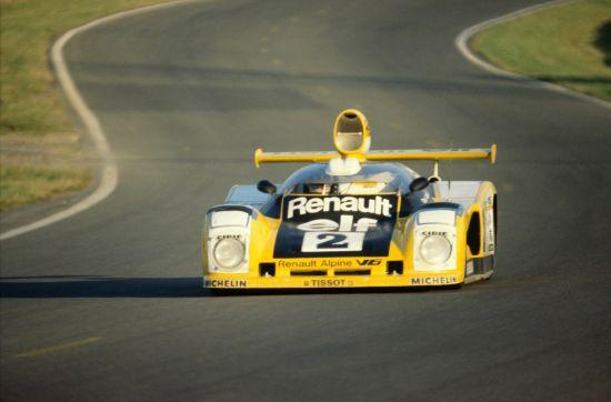 Renault Alpine Le Mans A442