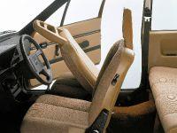 thumbnail image of 1976 Volvo 343