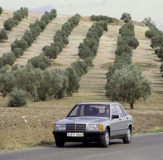 2012 Chrysler 300 Luxury Series 4k Hd Wallpaper: 1984 Mercedes-Benz 190 W201 Series