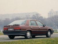thumbnail image of 1984 Renault 25