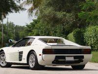1986 Ferrari Testarossa, 3 of 5