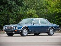 1988 Daimler Double Six Series III, 1 of 6