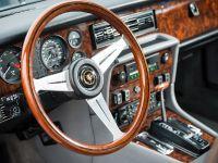 1988 Daimler Double Six Series III, 3 of 6