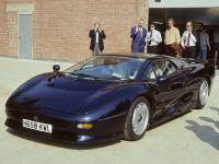 1992 Jaguar XJ220, 1 of 4