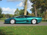 1994 Jaguar XJ220, 2 of 3