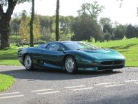 1994 Jaguar XJ220, 3 of 3