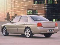 thumbnail image of 1998 Hyundai Avatar Concept