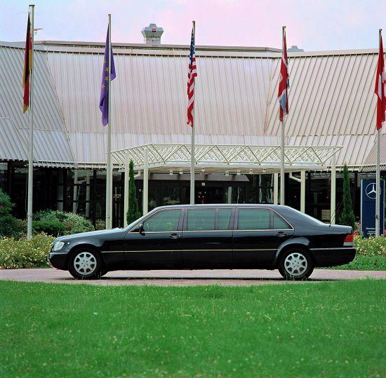 Mercedes-Benz S600 Pullman Limousine W140