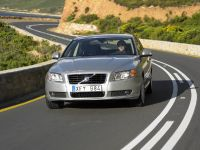 Volvo V70 and S80, 3 of 6