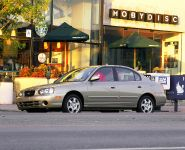 thumbnail image of 2001 Hyundai Elantra GLS