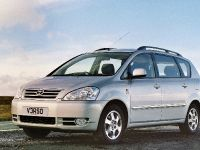 thumbnail image of 2002 Toyota Avensis Verso