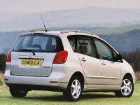 thumbnail image of 2002 Toyota Corolla Verso