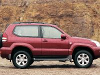 thumbnail image of 2002 Toyota Land Cruiser 3-door