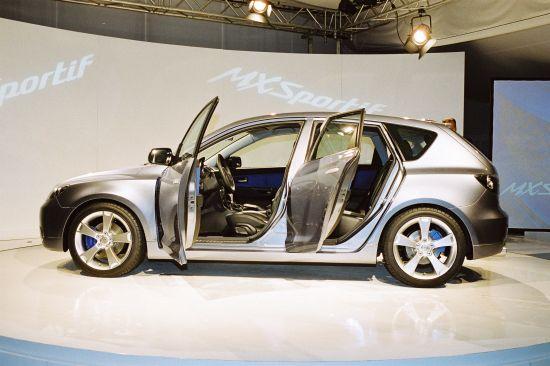 http://cdn1.automobilesreview.com/img/2003-mazda-mx-sportif-concept/slides/2003-mazda-mx-sportif-concept-31.jpg