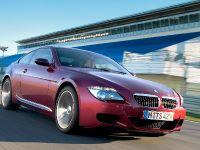 thumbnail image of 2005 BMW M6