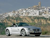 2005 BMW Z4 Roadster, 2 of 10