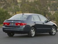 thumbnail image of 2005 Honda Accord Hybrid