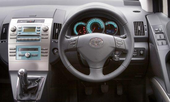 Toyota Verso D-4D