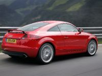 thumbnail image of 2006 Audi TT Coupe 3.2 quattro