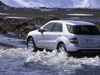 thumbnail image of 2006 Mercedes-Benz ML420 CDI 4MATIC