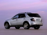 thumbnail image of 2006 Mercedes-Benz ML63 AMG