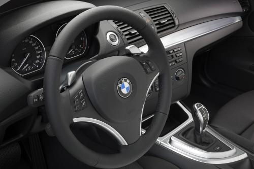 BMW 1 Series E82 135i Coupe (2007) - picture 9 of 12
