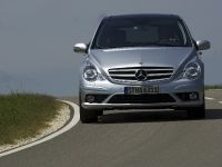 thumbnail image of 2007 Mercedes-Benz R 63 AMG