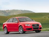 thumbnail image of Audi RS 4