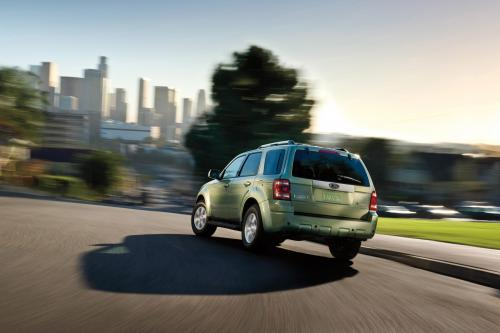 2008 Ford Escape Hybrid Recognized Among Top 10 Green Cars Praised By Kelley Blue Book S Kbb