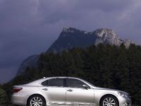 2008 Lexus LS 460, 7 of 24