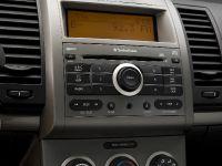 2008 Nissan Sentra SE-R, 4 of 12