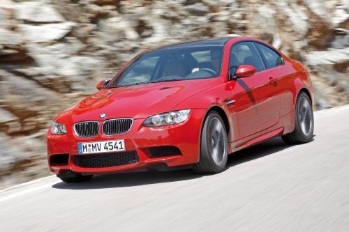 BMW M3 E92 ESS vs Mercedes SL 65 AMG, Porsche 911 Turbo и Nissan GT-R [HD-видео]