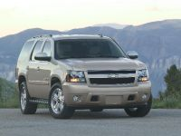 2009 Chevrolet Tahoe XFE, 2 of 3