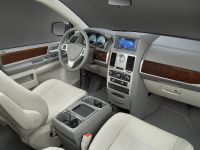 thumbnail image of 2009 Chrysler Town & Country 25th Anniversary Edition