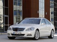 2009 Mercedes-Benz S-Class, 4 of 7