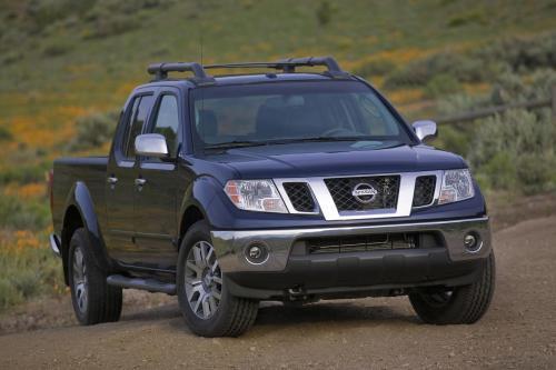 2009 Nissan Xterra и Frontier есть обновляется дизайн, новое оборудование и пакет предложений для нового модельного года