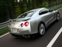 2009 Nissan GT-R, 6 of 18