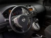 2009 Nissan Sentra SE-R, 2 of 8