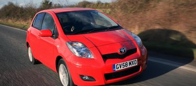 Toyota Yaris (2009) - picture 4 of 25