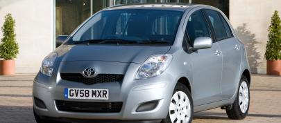 Toyota Yaris (2009) - picture 15 of 25