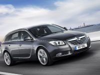 Vauxhall Insignia Sports Tourer, 1 of 4