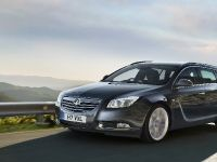 Vauxhall Insignia Sports Tourer, 2 of 4